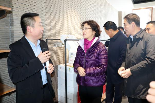 市委副书记马琨带领党建统领产业扶贫推进组